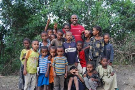 A community group of children from Humbo, Ethiopia.